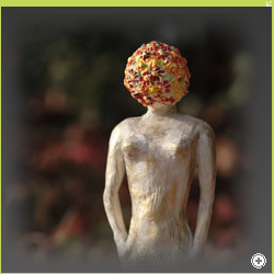 Woman with head of flowers, Höhe 30cm, Ton